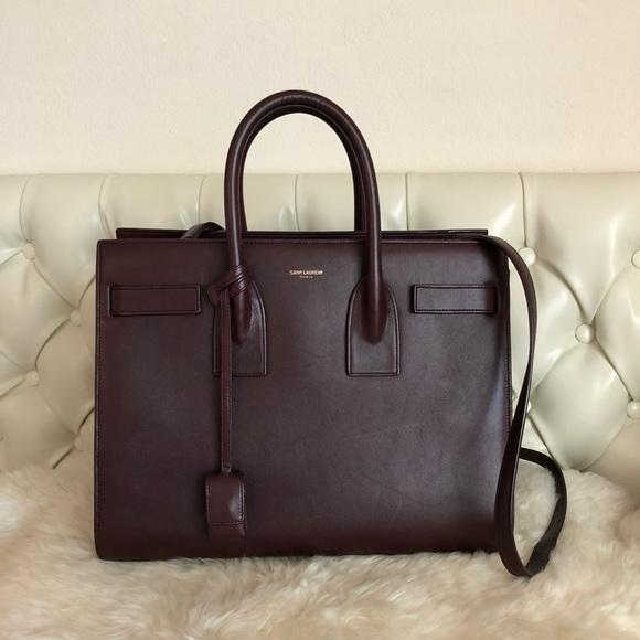 287afd607828 Saint Laurent Sac de Jour Small Bordeaux Leather. M 5acaa0ef05f4300879094003